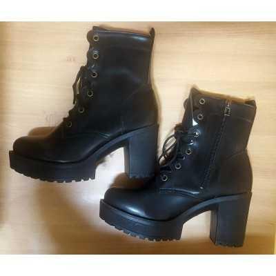 Black side zip up Boots